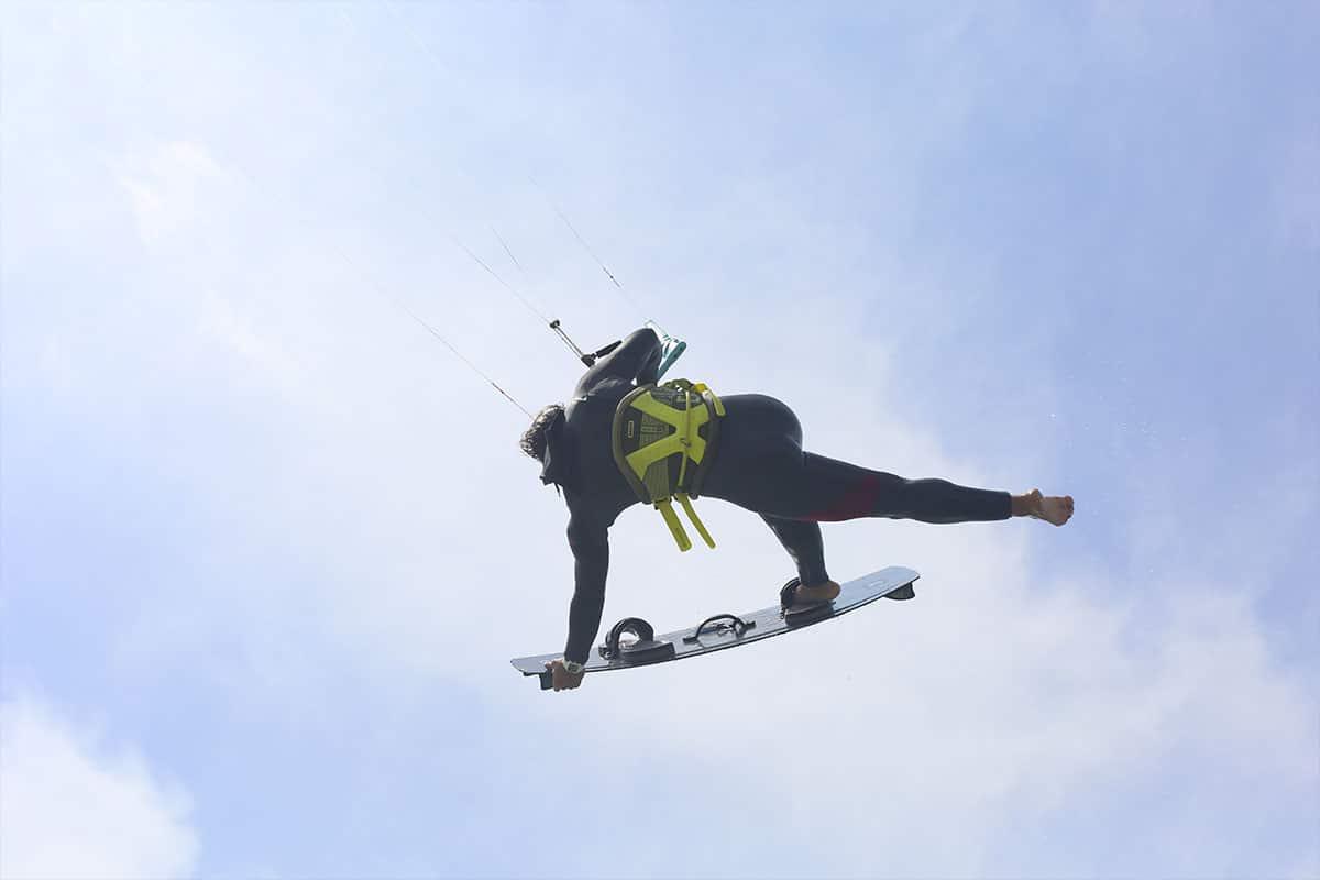 Premiers sauts en kitesurf
