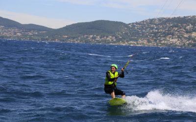 Tirer des bord en kitesurf